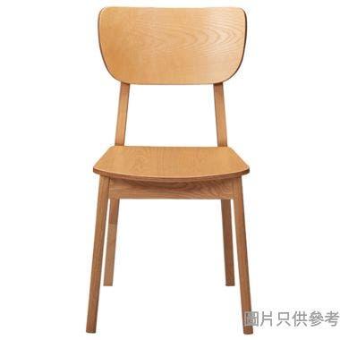 BRAUN EA-C-09 木餐椅396W x 390D x 800Hmm
